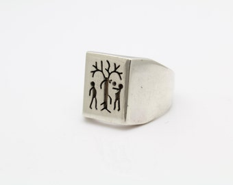 Vintage Rectangular-Shaped Ring with Adam And Eve in Sterling Silver Size 9. [10162]