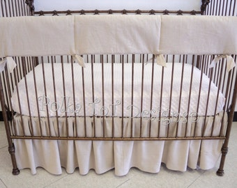 3 piece Bedding Set Gender Neutral / Unisex Bumperless Natural Linen Crib Set: Adrian