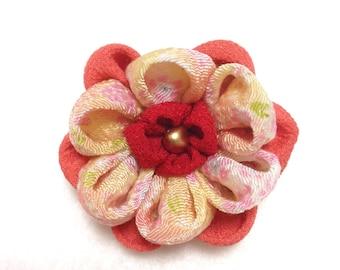 Chirimen flower Brooch, Japanese brooch, orange brooch, chirimen fabric clip,