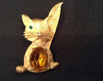 Vintage Winking Cat Costume Brooch/Pin with Rhinestones/Emerald tone and Costume Topaz Belly