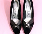 Vintage 80's Black Velvet Satin Pumps Size 6.5