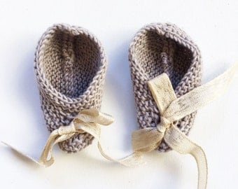 Woven booties baby hand in cotton 3 to 6 months