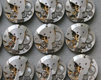 "6/8"" . Set of 30  Similar  Vintage Soviet Watch movements , steampunk parts"