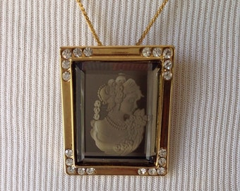 Stunning Mirrored Cameo Necklace......Beveled glass surface.....Corner rhinestones....Goldtone