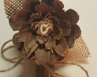 Boutonniere, Rustic boutonieres, pinecone boutonieres