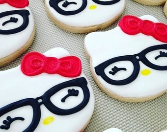 12 Sugar Cookies - Hello Kitty Party Supplies