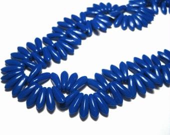 25pcs Opaque Cobalt Czech Pressed Glass Beads 10x3mm top-drilled Dagger Glass Beads