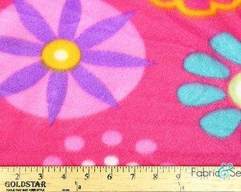 "Pretty Petals Anti-Pill Polar Fleece - Plush Fabric Polyester 13 Oz 58-60"""