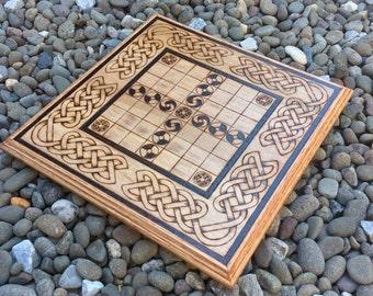 "Hnefatafl: ""Brandubh"" - Irish variant of the Viking game Tafl (Fitcheal, Nefatavl, King's Table) handcrafted & customizable - MADE TO ORDER"