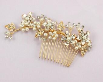 Bridal hair piece Wedding hair accessories Bridal hair comb Bridal Pearl comb Bridesmaids hair piece Bridesmaids headpiece Rhinestone flower