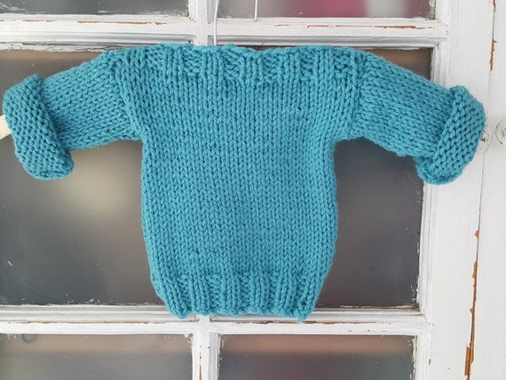 Knitted Jersey Patterns : Easy Baby Sweater Pattern - Newborn baby knitting pattern - Baby sweater patt...