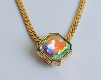 Cute Vintage Signed AVON Gold Tone Aurora Borealis Pendant Chain Choker Necklace