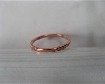 Solid Copper Band Ring CR40T - Size 5 thru 10 - 1.5mm wide - 1/16 of an inch wide. Our Thinnest Design