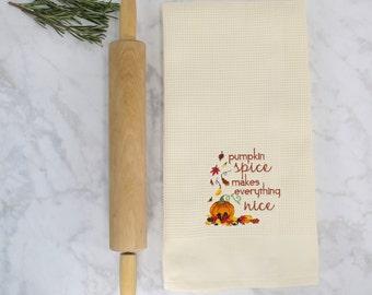 Pumpkin Spice Kitchen Towel, Pumpkin Spice Tea Towel, Autumn Tea Towel, Fall Kitchen Towel, Pumpkin Spice Gift, Gifts for Her, Baking Gift