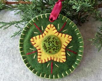 Green Wool Felt Round Star Tag Ornament