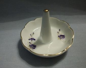 Lefton China Purple Violets Ring Minder