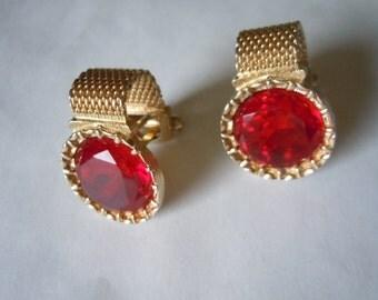 1960s Gold Cuff Links