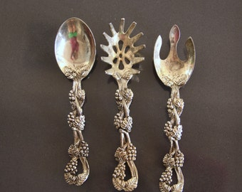 Vintage silver plated serving spoon, fork and slotted spoon, vine and grape design, set of silver plated serving tools, Serving Silverware