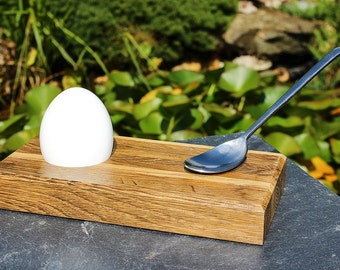 Set 2 egg cups BASE oak magnet