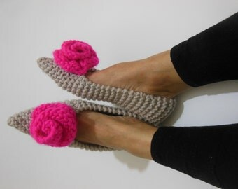 Pointed Toe Flats, Beige slippers, Wool Slippers, Pink Rose, NON-SLIP slippers, Gift Wrapped, Ballet flats, Handmade Slippers, Home shoes