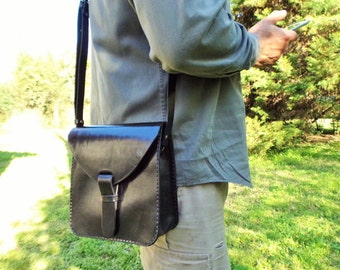 Leather bag. Black crossbody bag. Messenger bag. Handmade leather bag. Medium size 8x8,3 inches.