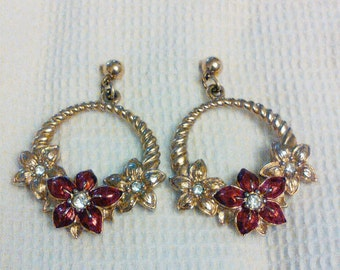 Red flower and Gold earrings dangling earrings red flowers