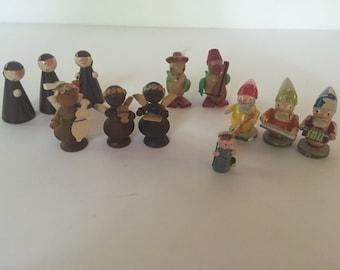 Assortment of Wood figurines
