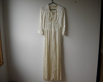 Cream SatinFull Length Gown, circa 1940s