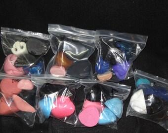 Discounted item: Nose grab bags