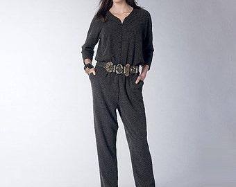 Vogue Pattern V1483 Misses' Raglan-Sleeve Jumpsuit and Romper