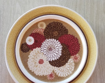 """Vintage """"Fash n Manor"""" Franciscan Dinner Plate with Zinnias"""