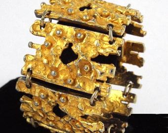 1970s ROBERT LARIN Wide Brutalist Modernist Gold Plated Pewter Bracelet - Canada