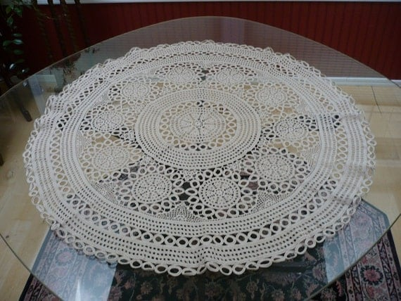 Free Crochet Patterns Round Table Toppers : 36 round crochet table topper circa 1950s or late