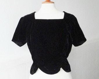 Black Velvet 50s Vintage Top With Wrinkles // Zipper In Back // Size M