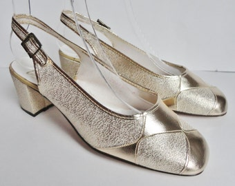 60s Vintage Gold Pumps // Eatoughs // Made In England // Size 38