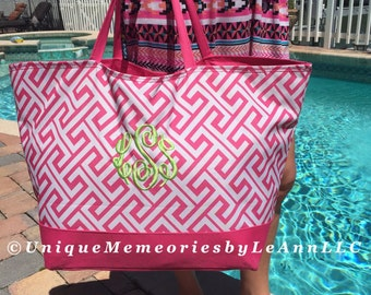 "25"" Personalized Greek Key Weekender/ Beach Bag zippered closure FREE Name/Monogram 5 colors - Brides, Bridesmaids, Graduation, Birthday"