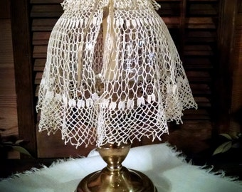 Doily lamp shade etsy for Doily paper floor lamp