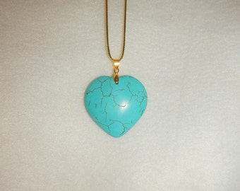 Heart-shaped Turquoise Blue Howlite pendant necklace (JO321)