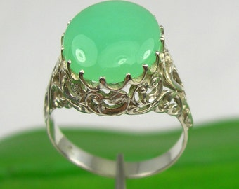 Genuine 925 Sterling Silver Large Oval Translucent Clarity Apple Green Color Australian Chrysoprase Jade Filigree Claws Ring - R315
