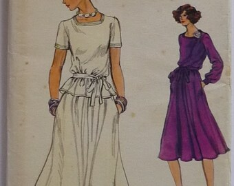 "Vintage Sewing Pattern. Vogue 9428. Dress pattern. bust 92cm / 36"". FF unused"