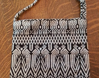 True VINTAGE 1960'S Black and White Ethnic with Birds Woven Cross Body Shoulder Sling Bag HIPPIE BOHO