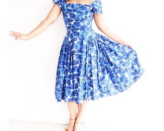 the 1950s abstract floral party dress . vintage 1950s dress . nipped waist new look dress