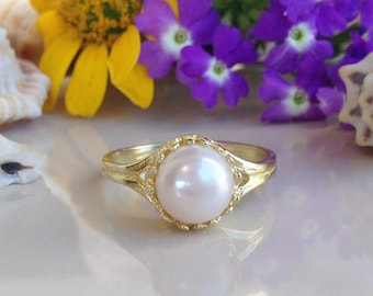20% off -SALE!! White Pearl Ring - Natural Pearl - Round Crown Ring - Coctail Ring - Gold Ring - Wedding Ring - Pearl Jewelry - Promise Ring