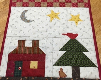 SALE/Happy Home Quilted Wall Hanging/Folk Art Quilt Hanging