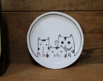 Hand made & animal painted  Versatile dish - Soap Dish - Jewelry  plate - Ceramic saucer - Cute serving - Cat illust dish