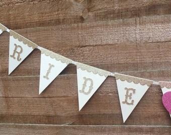 Hen night bunting, Bride to Be Bunting, Wedding Bunting, Wedding Banner, Hen Night Banner, Vintage Wedding Bunting, Vintage Bunting