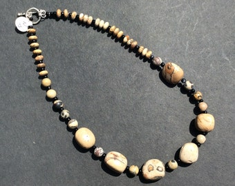 Picture rock beaded necklace
