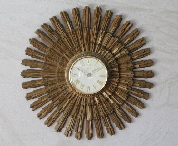 Vintage Syroco Wall Clock Mid Century Modern Starburst Clock