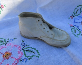 Shoe - Child's Leather Shoe - Hightop - Vintage