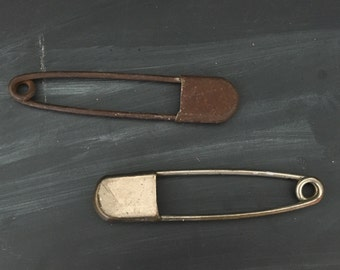 Vintage Metal Laundry Pin - Large Safety Pin - Key Fob - Oversized Pin - Risdon